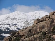CUMBRES NEVADAS EN LA SIERRA NORTE